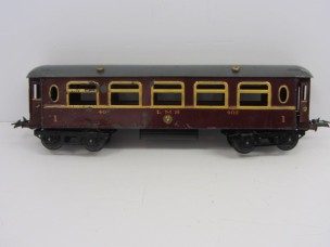 Hornby Gauge 0 LMS No2 Saloon Coach