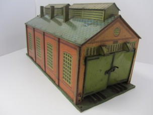 Hornby Gauge 0 E2E Engine Shed